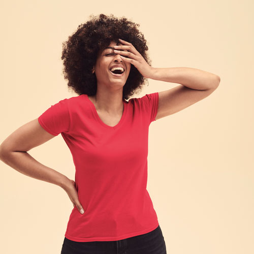 CAMISETA VALUE-WEIGHT DE MUJER CUELLO PICO